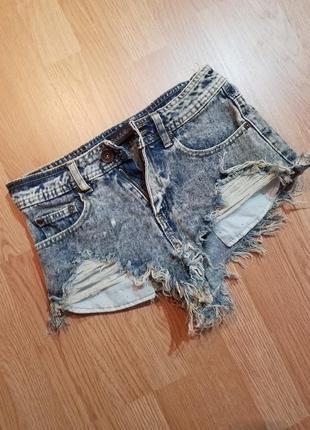 Крутые джинсовые шортики!