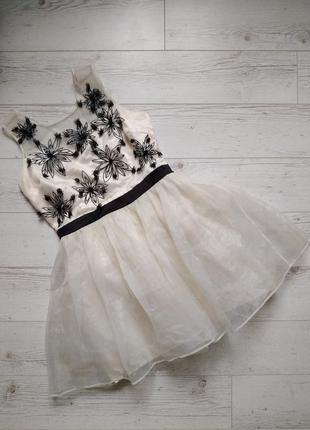 Платье с фатином и аппликацией р. 14