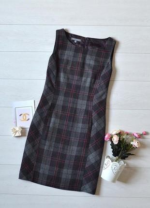 Красиве тепле плаття в клітинку laura ashley.