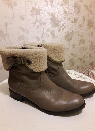 Зимние ботинки на низком каблуке nessi