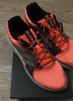Кроссовки adidas aerobounce р. 43 / 28 см