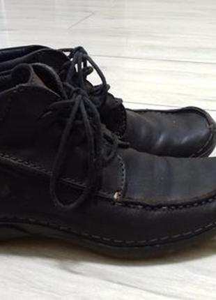 Фирменные кожаные ботинки wolky. германия.26см