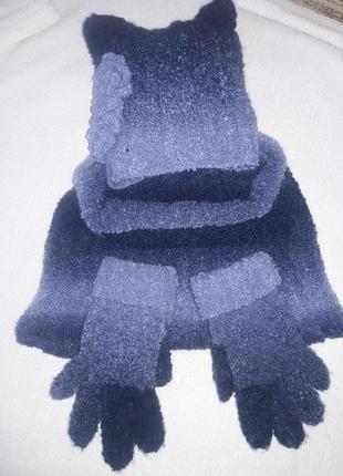 Теплющий комплект шапка снуд перчатки