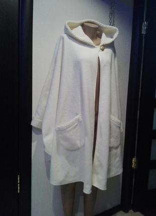 Крутое белое пончо накидка кардиган с мехом большого размера