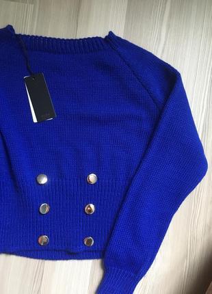 Укороченный стильный свитер