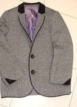Мега стильный пиджак 7лет