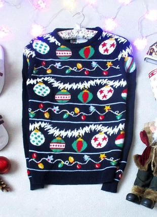Новогодний, рождественский свитер с шариками и гирляндой, размер xs/s