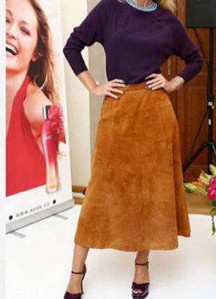 Длинная замшевая юбка рыжая с вышивкой