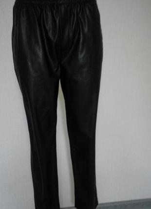 Шикарные кожаные штаны zara zara