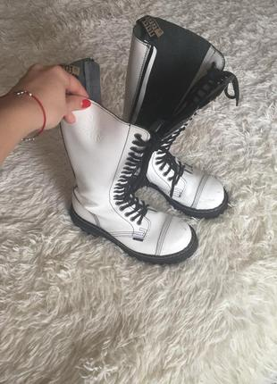 Высокие ботинки steel