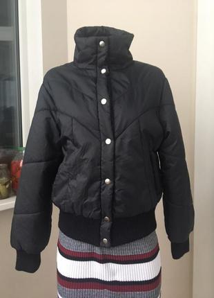 Крутая укороченная куртка