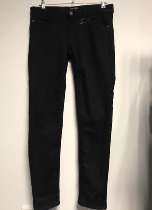Плотные эластичные джинсы