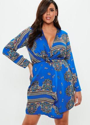 Легкое шикарное вечернее платье plus size  с v-образным декольте missguided