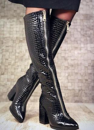 Кожаные зимние сапоги с молнией спереди на широком каблуке с узким носком. 36-40