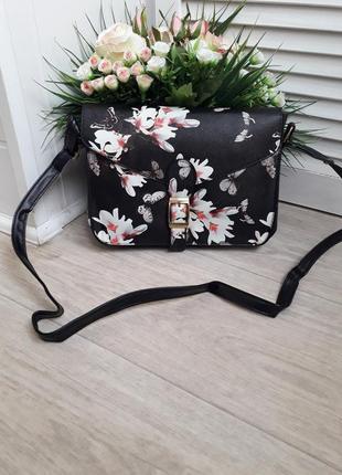 Новая классная сумочка в цветы
