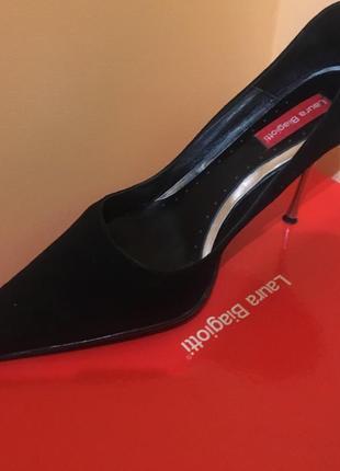 Новые фирменные туфли laura biagiotti
