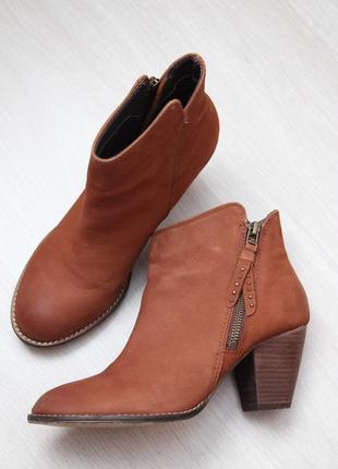 Коричневые ботинки ботильены 38 размер steve madden нубук кожаные  замшевые