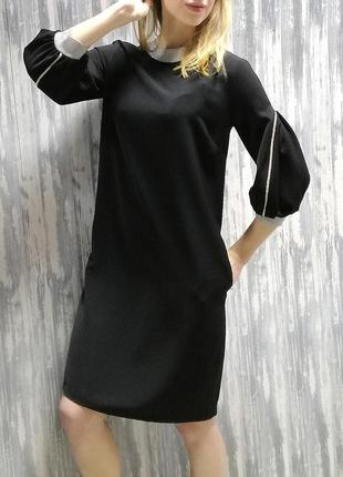 Платье с фонариками и манжетами