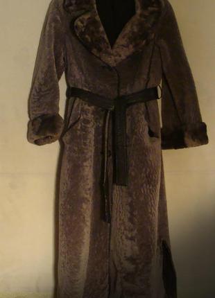 Шуба пальто из натуральной 100% овчины.