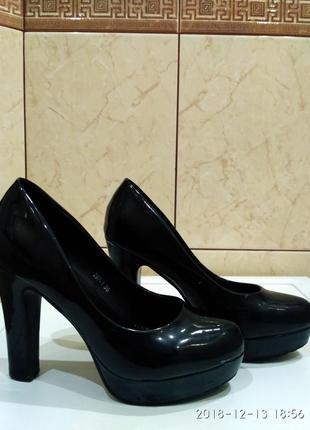Обувь женская, туфли женские, кожа, туфлі жіночі б/у, розмір 36