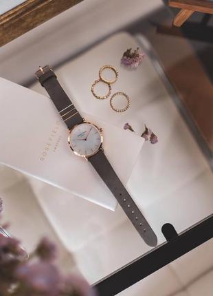 Часы от rosefield