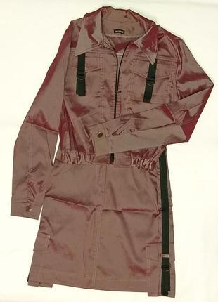 Бордовый костюм, куртка и юбка