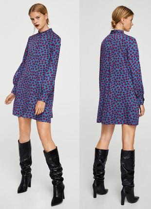 Стильное платье-рубашка в интересный цветочный принт