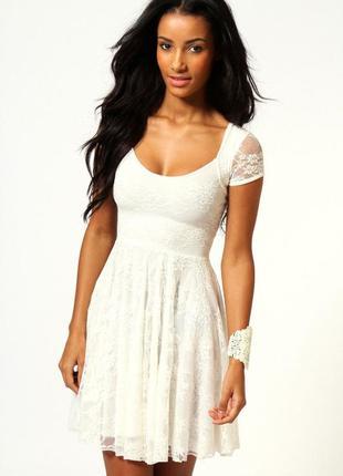 Платье boohoo р.s-m, uk10