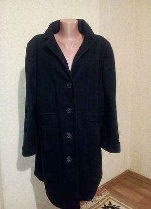 Стильное пальто 80% шерсть пог 62