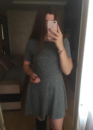 Сіре плаття від h&m