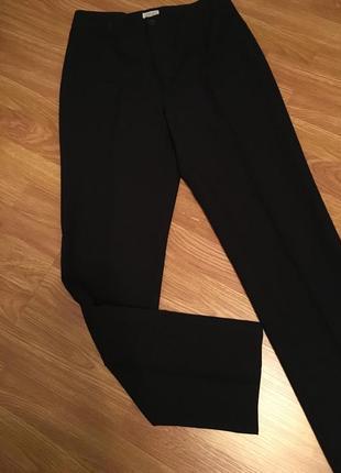 Шикарні класичні брюки,штаны stefanel.італія.