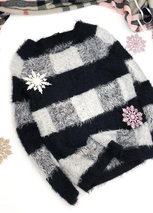 Тёплый мягкий свитер травка в клетку esmara