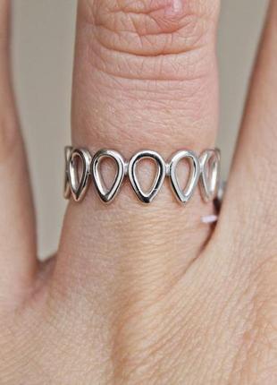 Серебряное кольцо притяжение р.16,5
