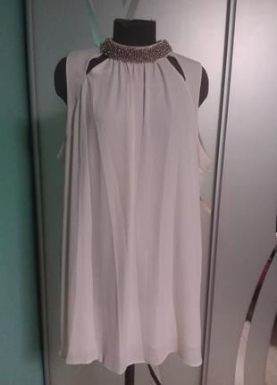 Нарядная   шифоновая блуза / туника  молочного цвета с декором