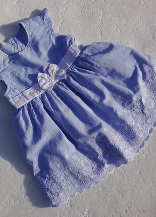 Gap. хлопковое платье с вышивкой 3-6 месяцев.