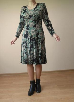 Платье delizza exclusive по фигуре миди за колено с длинным рукавом цветочный принт р. l