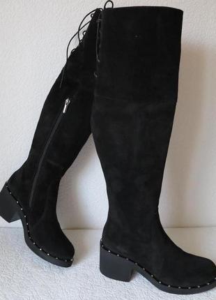 Женские зимние черные замшевые ботфорты на невысоком каблуке сапоги еврозима