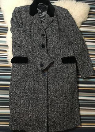 Не реальное шерстяное пальто paul costelloe