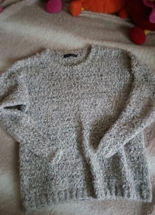 Фирменный свитер с травкой