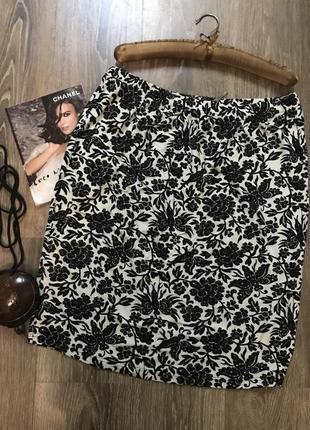 Черно- белая юбка