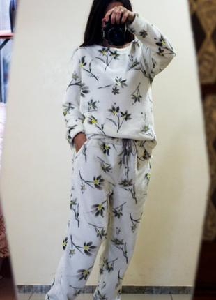 Пижама плюшевая,пушистая размеры: l, xl