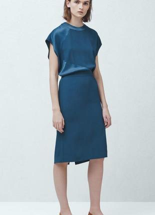 Стильное платье  mango с открытой спинкой.