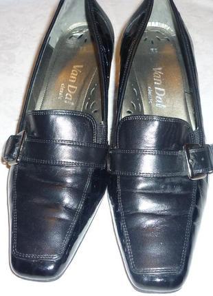 Очень очень удобные красивые туфли van dal р-р 39 натуральная 100% кожа + лаковая