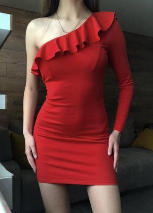 Стильное платье с воланами, оборками, рюшами от h&m