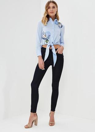 Темно синие джинсы от karen millen
