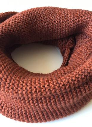 Вязаный шарф хомут шерстяной тёплый кирпичного цвета