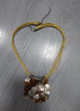 Колье ожерелье