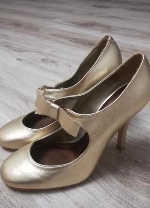 Нарядные золотистые туфли/ праздничные туфли!