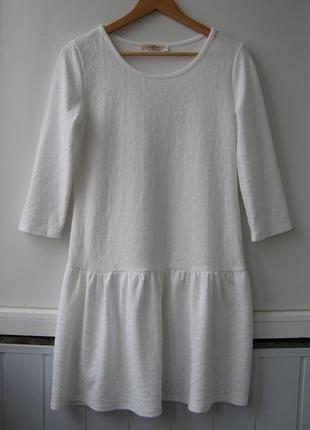 Платье футляр фактурное