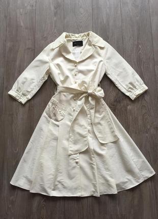 Светлое платье-плащ в стиле 50-х, ретро, вечернее, свадебное; размер 36-38